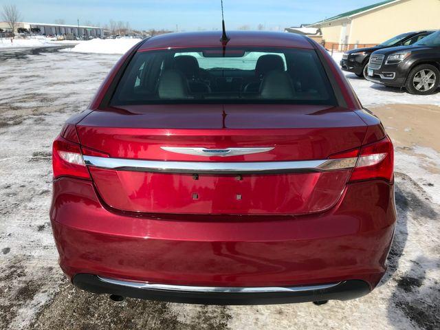 2011 Chrysler 200 Limited Farmington, MN 2