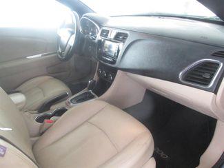 2011 Chrysler 200 Touring Gardena, California 9