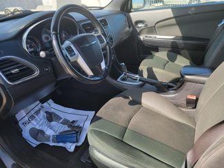 2011 Chrysler 200 Touring Gardena, California 4