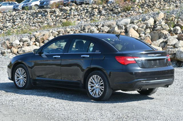 2011 Chrysler 200 Limited Naugatuck, Connecticut 2