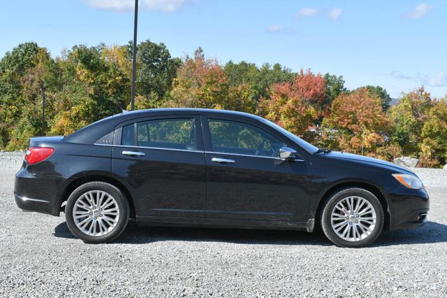 2011 Chrysler 200 Limited Naugatuck, Connecticut 5