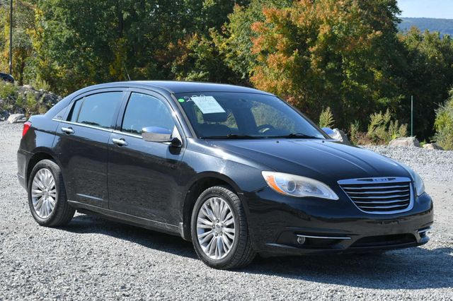 2011 Chrysler 200 Limited Naugatuck, Connecticut 6