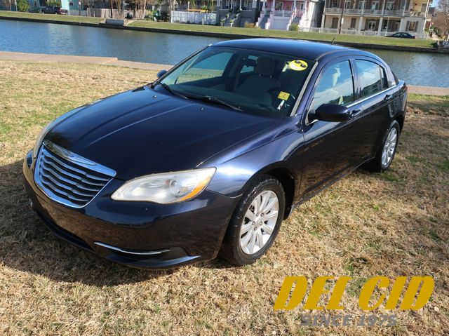 2011 Chrysler 200 Touring in New Orleans, Louisiana 70119