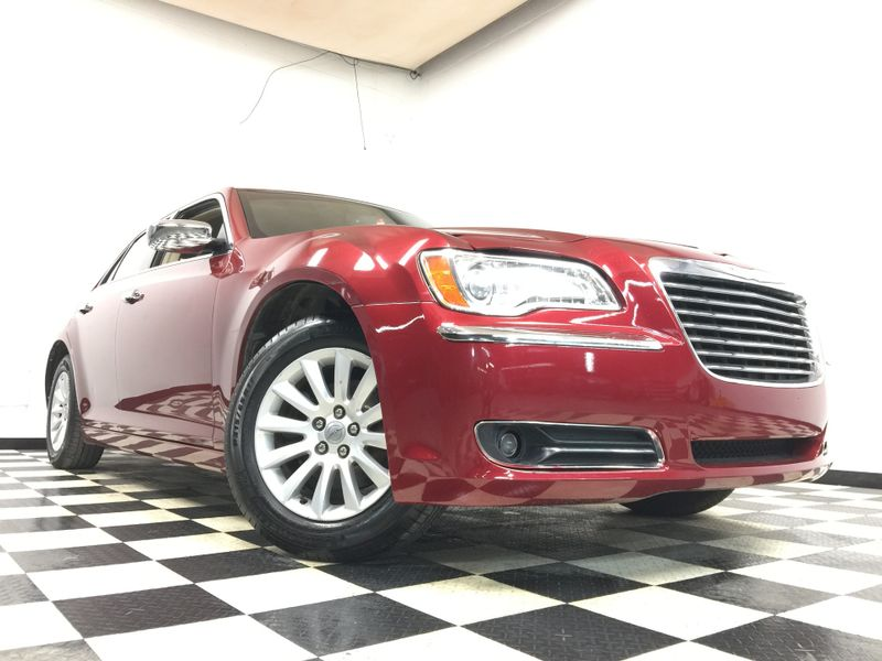 2011 Chrysler 300 *Simple Financing* | The Auto Cave in Addison