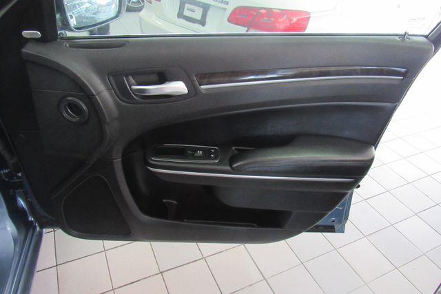 2011 Chrysler 300 300C W/ NAVIGATION SYSTEM/ BACK UP CAM Chicago, Illinois 14