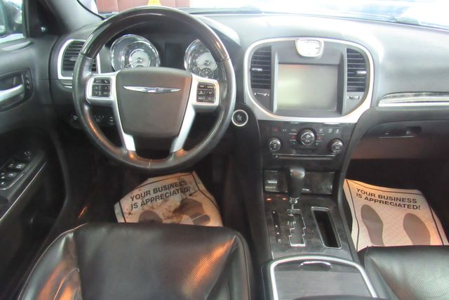 2011 Chrysler 300 300C W/ NAVIGATION SYSTEM/ BACK UP CAM Chicago, Illinois 17