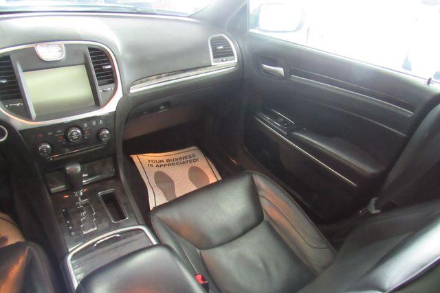 2011 Chrysler 300 300C W/ NAVIGATION SYSTEM/ BACK UP CAM Chicago, Illinois 18