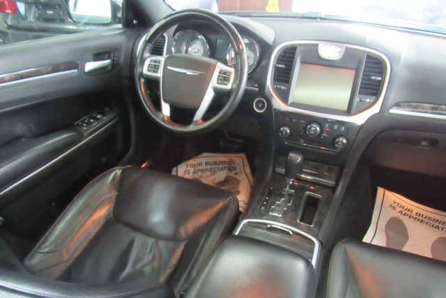 2011 Chrysler 300 300C W/ NAVIGATION SYSTEM/ BACK UP CAM Chicago, Illinois 19
