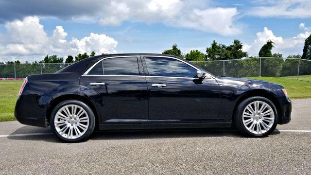 2011 Chrysler 300 CLEAN CARFAX FLORIDA  Limited | Palmetto, FL | EA Motorsports in Palmetto FL