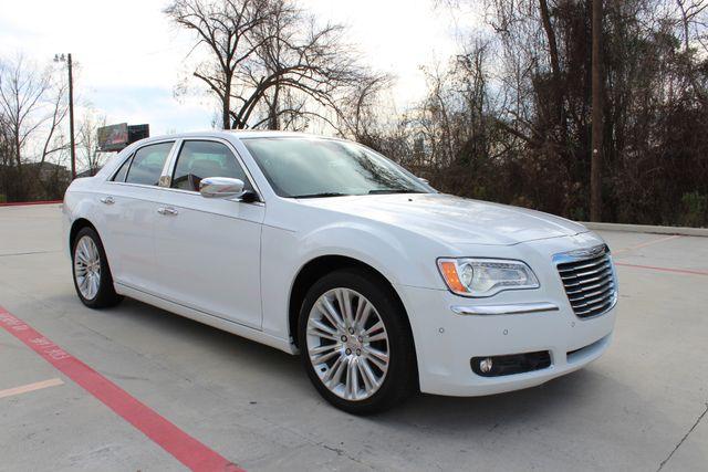 2011 Chrysler 300 300C CONROE, TX 1