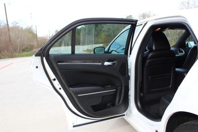2011 Chrysler 300 300C CONROE, TX 32