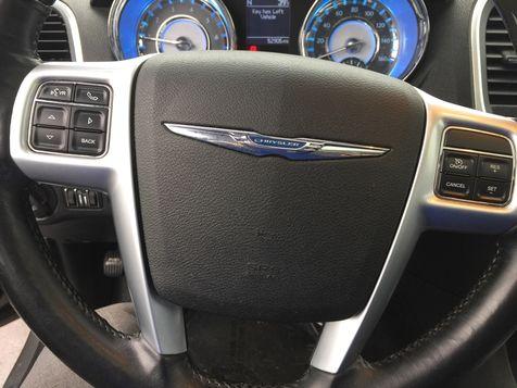 2011 Chrysler 300 300C | Dayton, OH | Harrigans Auto Sales in Dayton, OH