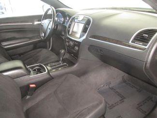 2011 Chrysler 300 Gardena, California 8