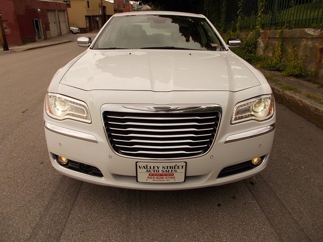 2011 Chrysler 300 300C Manchester, NH