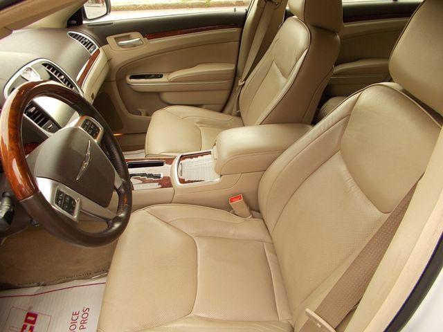 2011 Chrysler 300 300C Manchester, NH 7