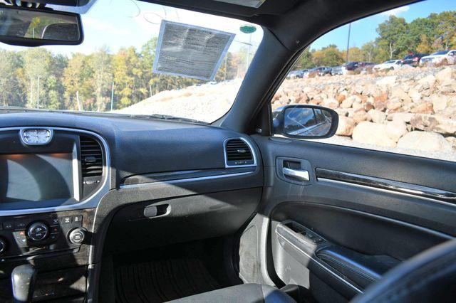 2011 Chrysler 300 Limited Naugatuck, Connecticut 16