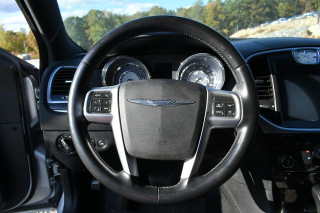 2011 Chrysler 300 Limited Naugatuck, Connecticut 19
