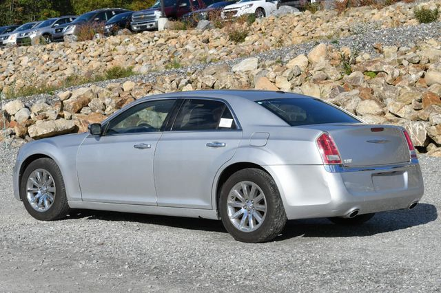 2011 Chrysler 300 Limited Naugatuck, Connecticut 2