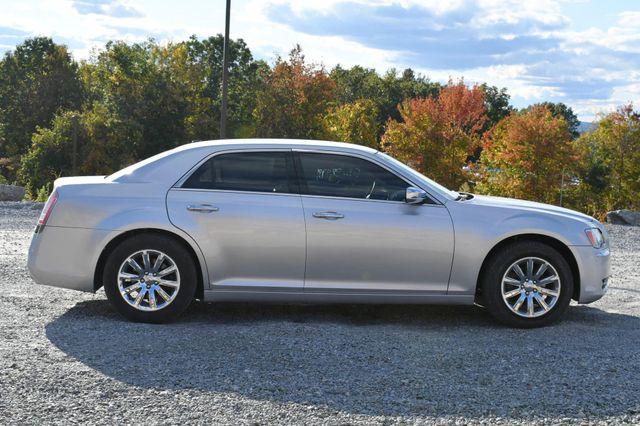 2011 Chrysler 300 Limited Naugatuck, Connecticut 5