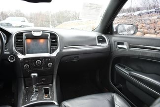 2011 Chrysler 300 Limited Naugatuck, Connecticut 12