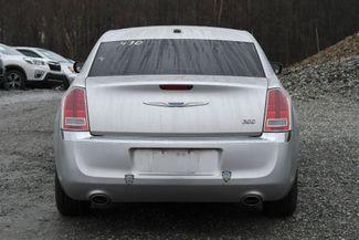 2011 Chrysler 300 Limited Naugatuck, Connecticut 3