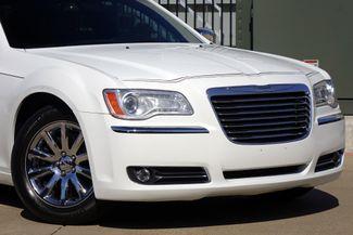 2011 Chrysler 300 300C * HEMI * Pano Roof * NAVI * Chromes * LOADED! Plano, Texas 20