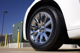 2011 Chrysler 300 300C * HEMI * Pano Roof * NAVI * Chromes * LOADED! Plano, Texas 34