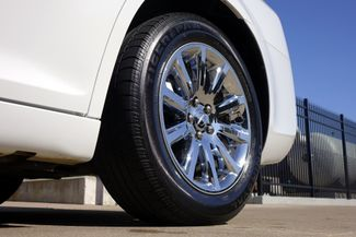 2011 Chrysler 300 300C * HEMI * Pano Roof * NAVI * Chromes * LOADED! Plano, Texas 37
