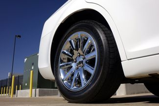 2011 Chrysler 300 300C * HEMI * Pano Roof * NAVI * Chromes * LOADED! Plano, Texas 36