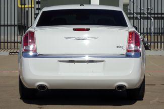 2011 Chrysler 300 300C * HEMI * Pano Roof * NAVI * Chromes * LOADED! Plano, Texas 7