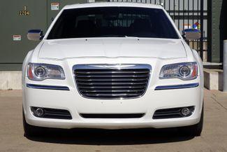 2011 Chrysler 300 300C * HEMI * Pano Roof * NAVI * Chromes * LOADED! Plano, Texas 6