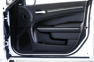 2011 Chrysler 300 300C * HEMI * Pano Roof * NAVI * Chromes * LOADED! Plano, Texas 39