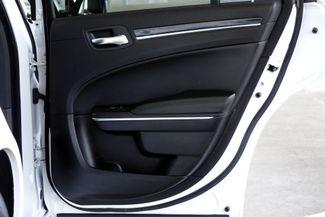 2011 Chrysler 300 300C * HEMI * Pano Roof * NAVI * Chromes * LOADED! Plano, Texas 41