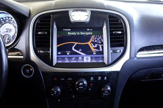 2011 Chrysler 300 300C * HEMI * Pano Roof * NAVI * Chromes * LOADED! Plano, Texas 15