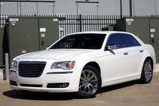2011 Chrysler 300 300C * HEMI * Pano Roof * NAVI * Chromes * LOADED! Plano, Texas 1