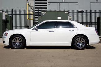 2011 Chrysler 300 300C * HEMI * Pano Roof * NAVI * Chromes * LOADED! Plano, Texas 3