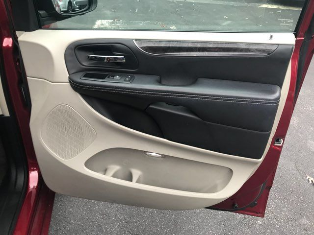 2011 Chrysler Town & Country Touring-L handicap wheelchair van accessible Dallas, Georgia 13