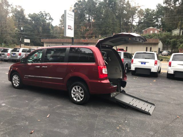 2011 Chrysler Town & Country Touring-L handicap wheelchair van accessible Dallas, Georgia