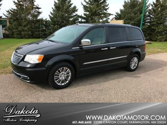 2011 Chrysler Town & Country Limited Farmington, MN