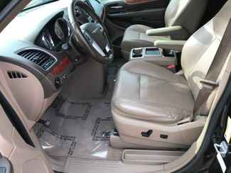2011 Chrysler Town & Country Limited Farmington, MN 2