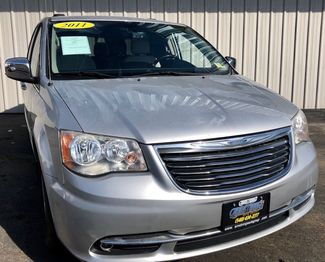 2011 Chrysler Town & Country Touring-L in Harrisonburg, VA 22801
