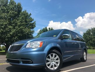 2011 Chrysler Town & Country Touring-L in Leesburg Virginia, 20175