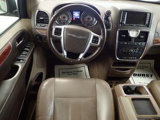 2011 Chrysler Town & Country Touring-L Lincoln, Nebraska 5