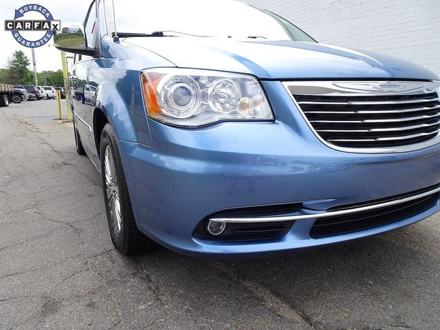 2011 Chrysler Town & Country Limited Madison, NC 8