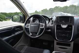 2011 Chrysler Town & Country Touring Naugatuck, Connecticut 14