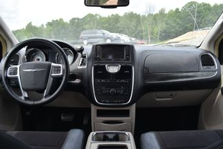2011 Chrysler Town & Country Touring Naugatuck, Connecticut 15
