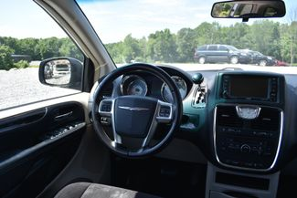 2011 Chrysler Town & Country Touring Naugatuck, Connecticut 4