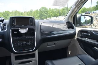 2011 Chrysler Town & Country Touring-L Naugatuck, Connecticut 16