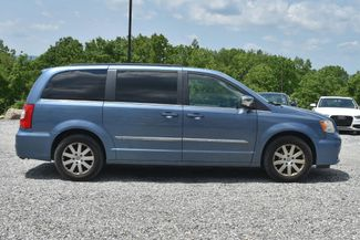 2011 Chrysler Town & Country Touring-L Naugatuck, Connecticut 5