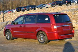2011 Chrysler Town & Country Limited Naugatuck, Connecticut 2